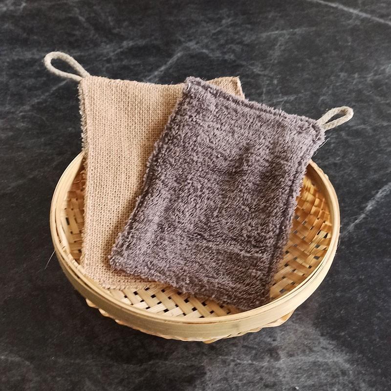 L'éponge lavette grattante